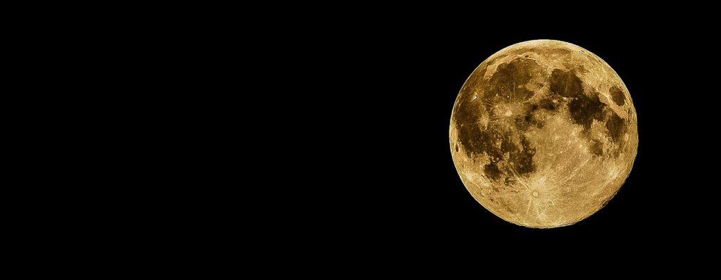 full-moon-415501_1280